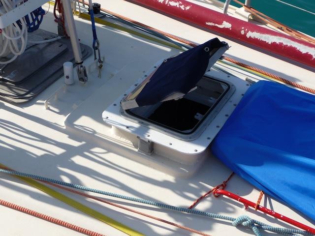 Forward hatch on Yumapi