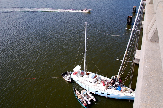 Stepping a mast from a bridge