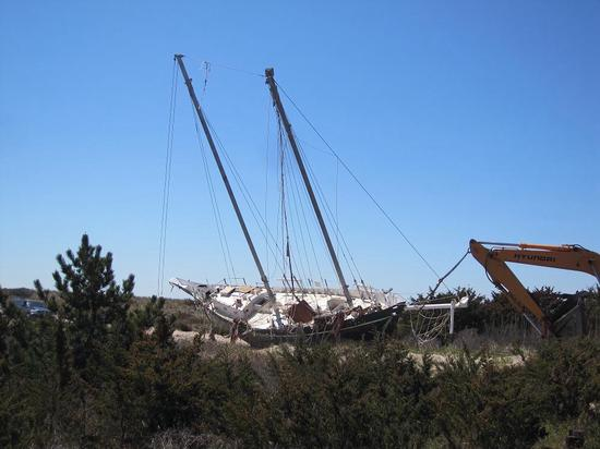 Schooner Papillon removed from a beach