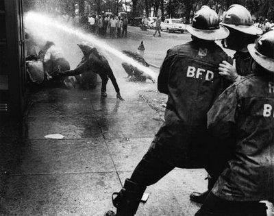 Fire hose crowd control