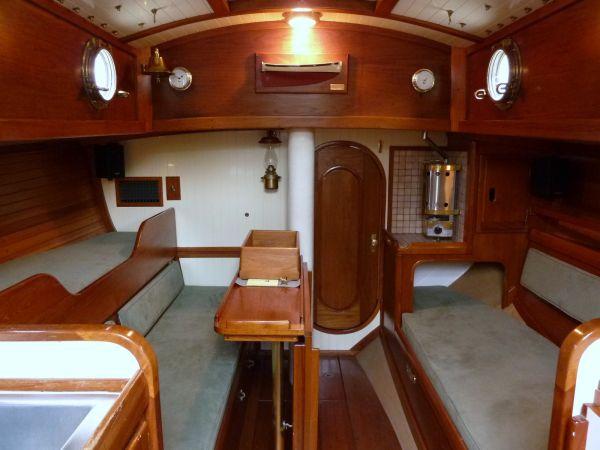 BCC 28 interior