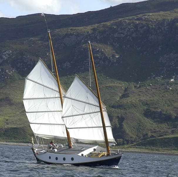 Benford junk dory under sail