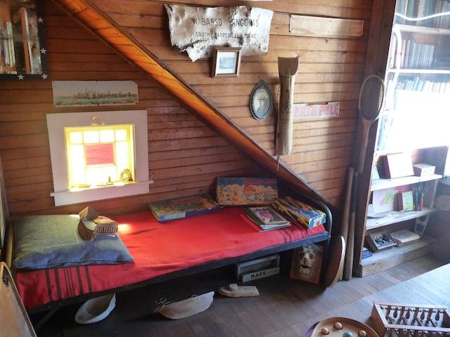 Eagle Is. children's bedroom