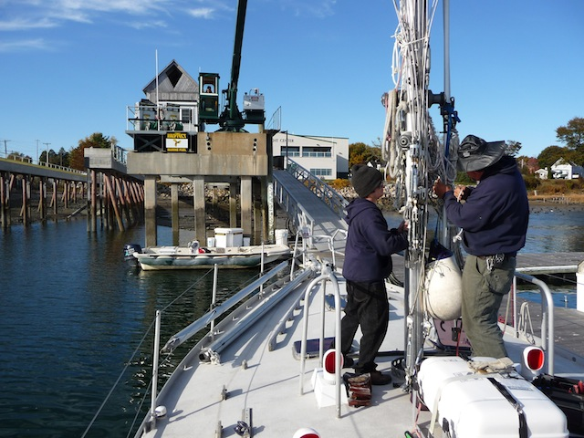 Pulling mast deck