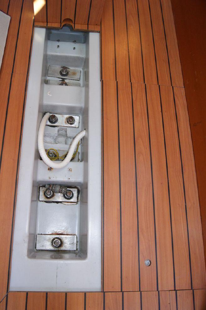 First 40.7 keel bolts