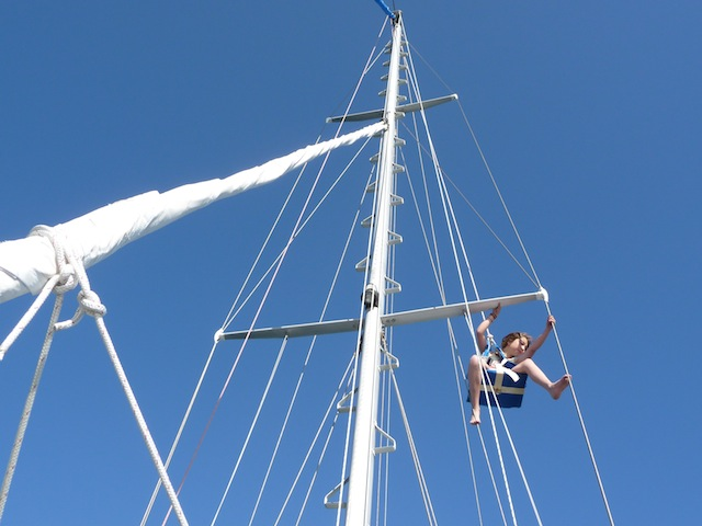 Lucy aloft again