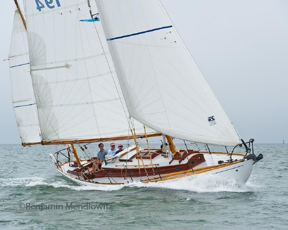 Winnie sailing