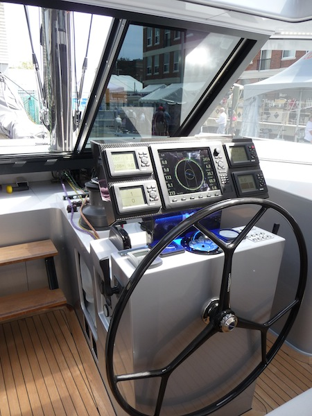 Gunboat 55 helm