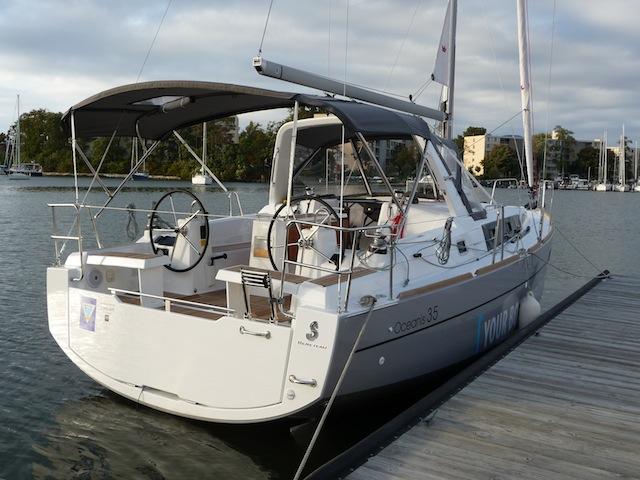 Oceanis 35 stern