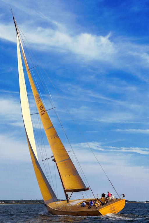 Foggy under sail